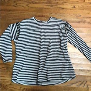 Long sleeve lane Bryant shirt size 18/20
